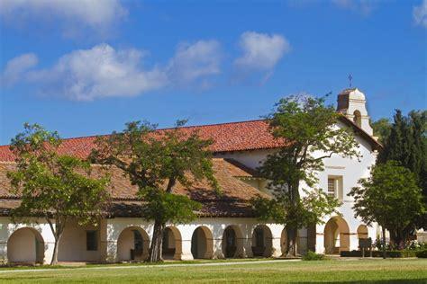 Mission San Juan Bautista   History, Buildings, Photos