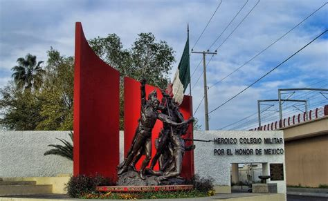 Monterrey, México: Niños Héroes