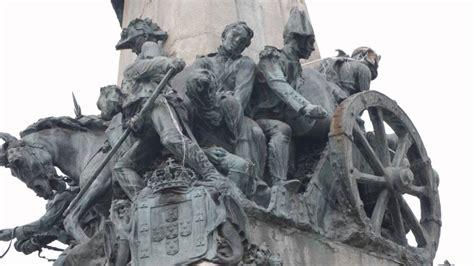 Monumento a la Batalla de Vitoria 1813.Guerra de la ...
