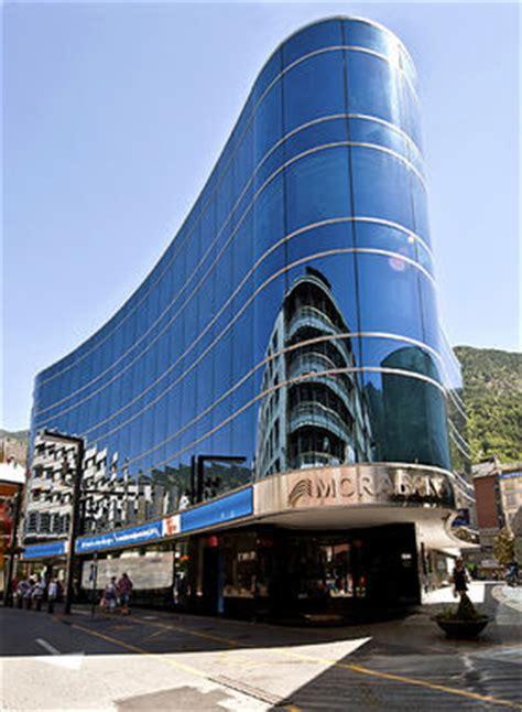 MoraBanc, el único banco de Andorra que  pasa  de ...