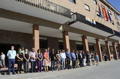 MÓSTOLES/ Homenaje a las víctimas de Orlando y bandera ...