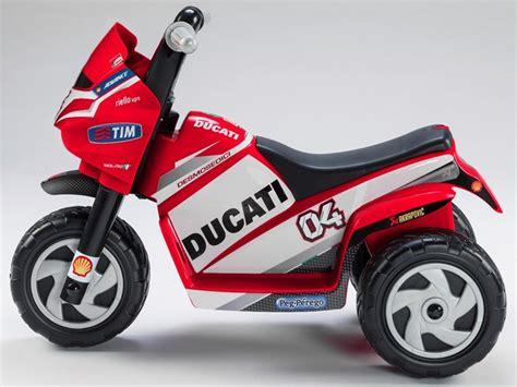 Moto Ducati eléctrica para niños