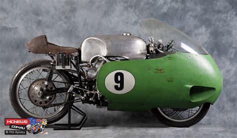 Moto Guzzi V8 | 300km/h in 1957 on a 500cc 4-stroke ...