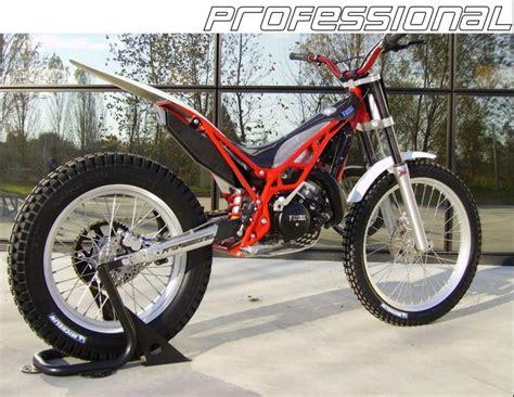 Motocicliste: Moto - FANTIC MOTOR TRIAL