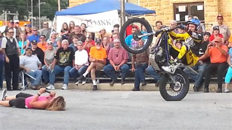 Motorcycle trials in Mountain View Ar at Mountain Music ...