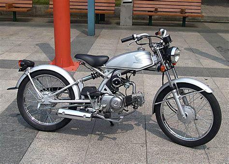 Motos Honda CG 125 customizada | Ao redor do buraco tudo é ...
