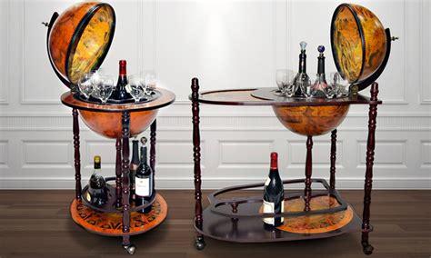 Mueble bar con bola del mundo | Groupon Goods