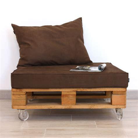 Mueble con Palet de Madera y Antelina 80x80