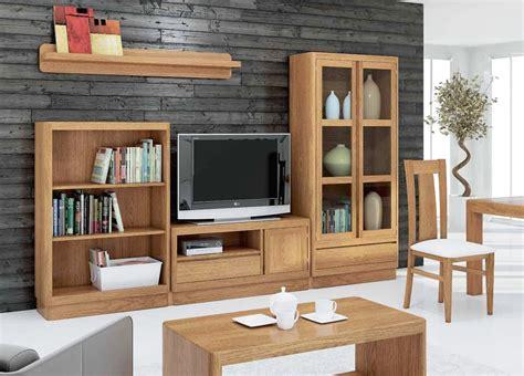 Mueble para Televisión en madera de pino.