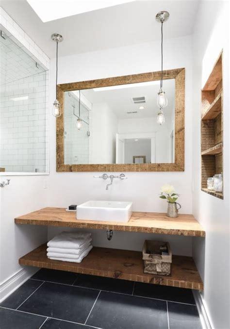 Muebles de baño de madera. Muebles de madera para baños.