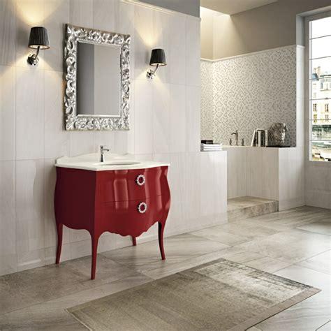 Muebles de baño italianos con diseño clásico