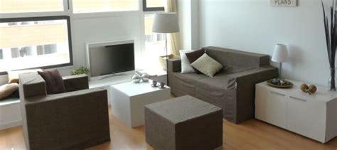 Muebles de cartón para vender casas   Vivienda   EL PAÍS