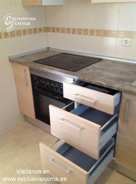 Muebles de cocina a medida con muebles altos extra grandes ...