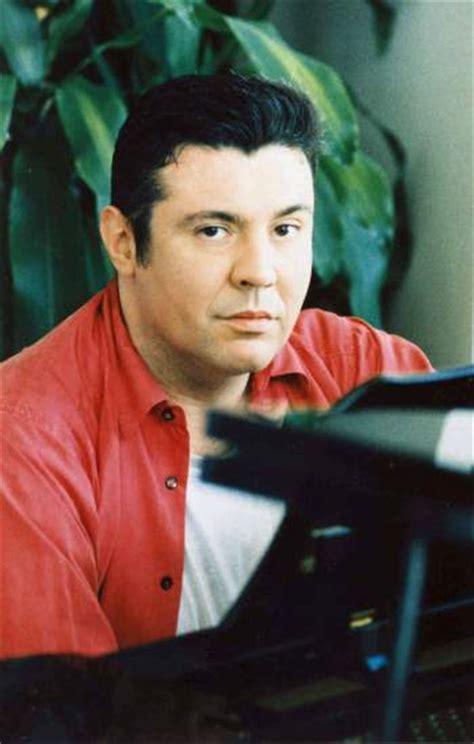 Muere el músico de la 'Movida' madrileña Bernardo Bonezzi ...