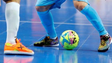 Muere un jugador de 18 años durante un torneo de fútbol ...