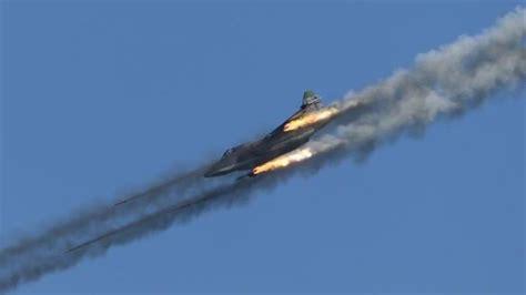 Mueren 30 civiles en bombardeo de aviones sirios y rusos ...