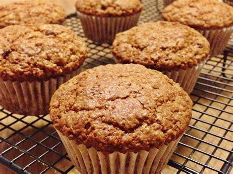 Muffins de avena, zanahoria y pasas – Con delantal y a lo loco