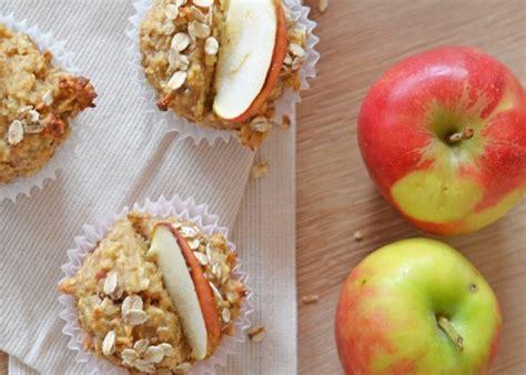 Muffins saludables de avena y manzana