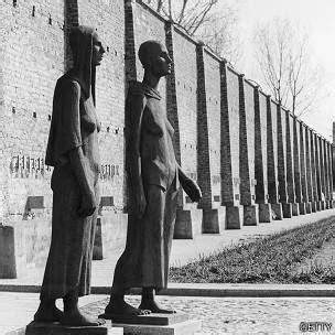MULHER NEGRA: Campo de Concentração Nazista só para ...