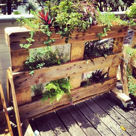 Multi Tier Pallet Planters / Gardens | Upcycle Art