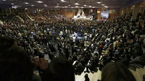 Multitudinario funeral en Pamplona por el prelado del Opus ...