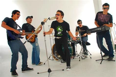 MUSICA CRISTIANA PENTECOSTAL: ETERNO Band