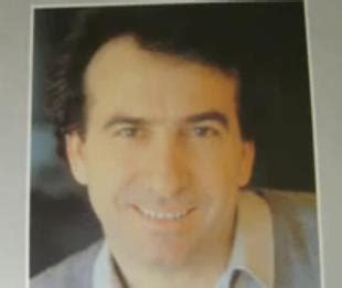 Musica de Jose Luis Perales escuchar Ay corazón
