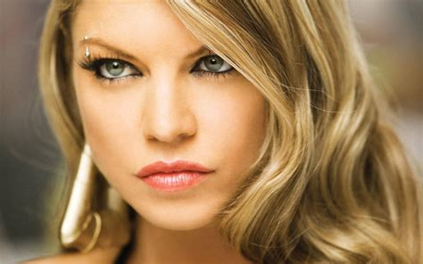 mz . sassi - Fergie Photo (6747795) - Fanpop