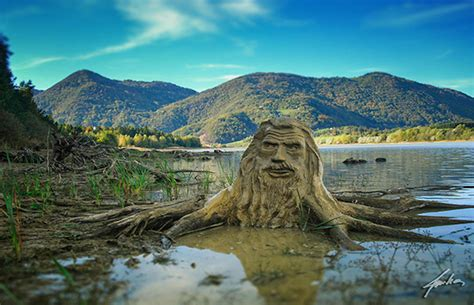 Natural Beauty: Stunning Art That Dissolves Into Nature
