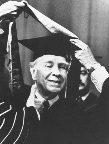 Neonovecentismo: Borges y su deriva política