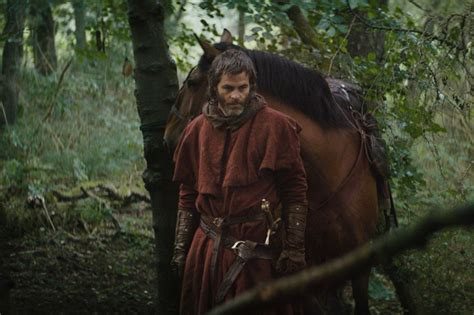 Netflix's Outlaw King: See Scraggly Chris Pine in First Look