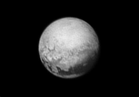 "New Image of Pluto: ""Houston, We Have Geology"" | NASA"