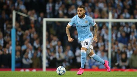 Nicolas Otamendi credits Sergio Aguero in City decision ...