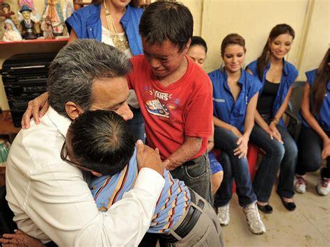 Niños con ictiosis fueron visitados por el Vicepresidente ...