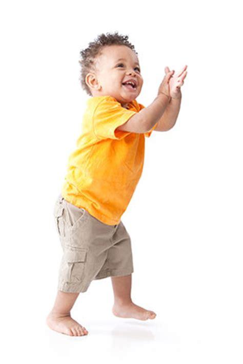 Niños pequeños (1 a 2 años) | Desarrollo infantil | NCBDDD ...