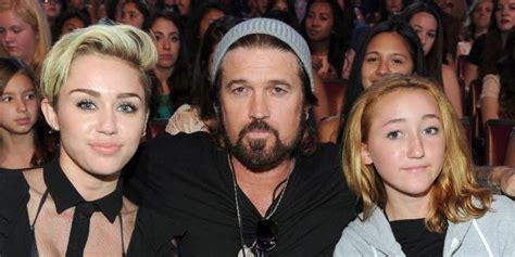 Noah Cyrus rompe el silencio sobre la boda de Miley Cyrus ...