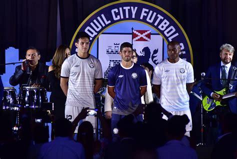 Noche de fútbol en Guayaquil | Fútbol | Deportes | El Universo
