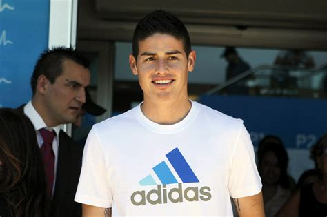 Noticia: Es oficial: James Rodríguez ya es del Real Madrid