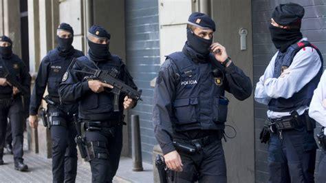 Noticias de Cataluña: Cuatro detenidos en Barcelona ...