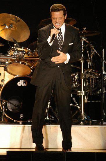 Noticias sobre Luis Miguel: El cantante Luis Miguel lleva ...
