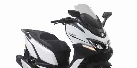 Nuevas Daelim XQ 125cc y 300 cc - Motor y Racing