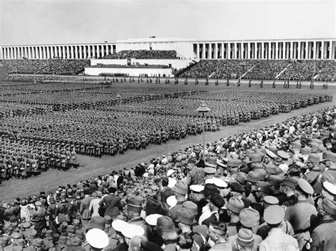 Nuremberg: Germany's dilemma over the Nazis' field of ...