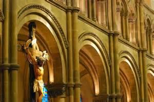 O Fiel Católico: Por que a Igreja Católica é Romana?