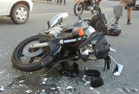 O que fazer depois de bater a moto?