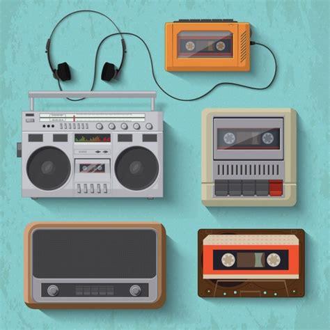 Objetos vintage para escuchar música | Descargar Vectores ...