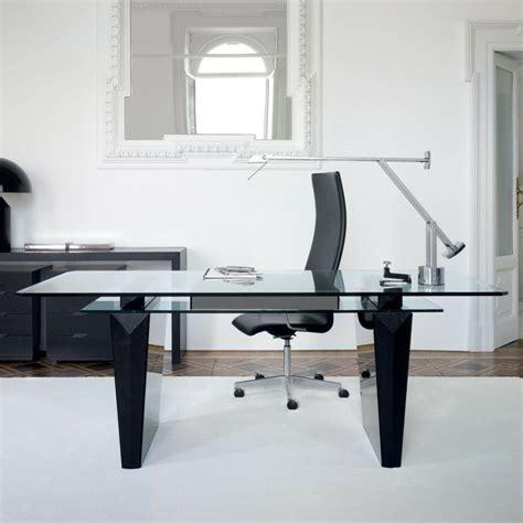 Oficinas y estudios de original diseño   50 ejemplos