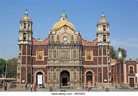 Old Basilica Of Our Lady Of Guadalupe  1709 , Mexico City ...