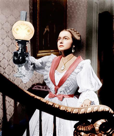 "Olivia de Havilland en ""La Heredera"", 1949 | Joan and ..."