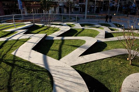 On Diseño - Projects: Redevelopment of Plaza Ricard Viñes ...