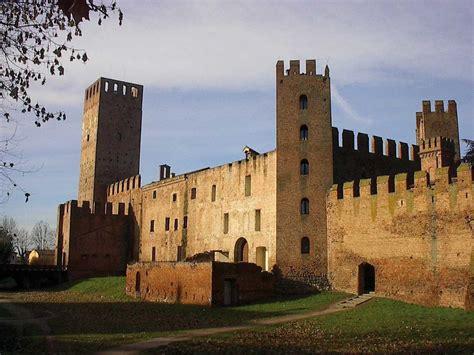 Ora i borghi più belli d'Italia si raggiungono comodamente ...